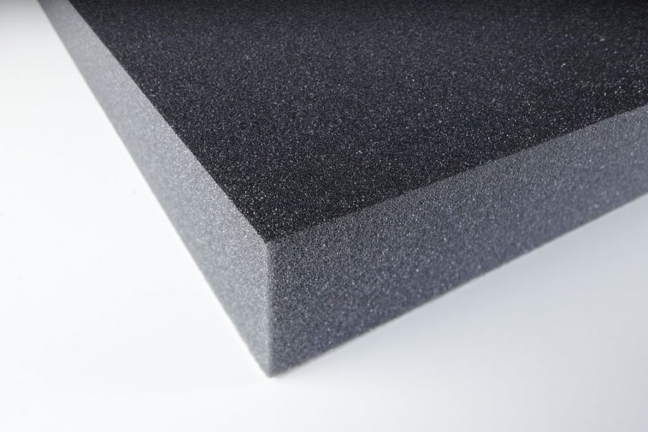 Acoustic foam with protecting skin PUR 50